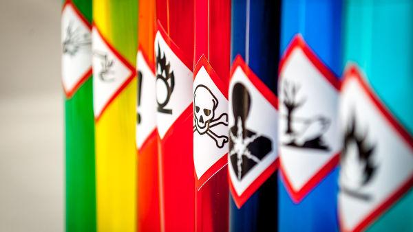 différents produits toxiques domestiques