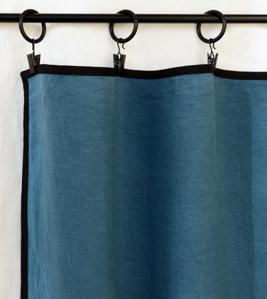 Rideau avec biais noir Bleu du Sud - Couleur Chanvre