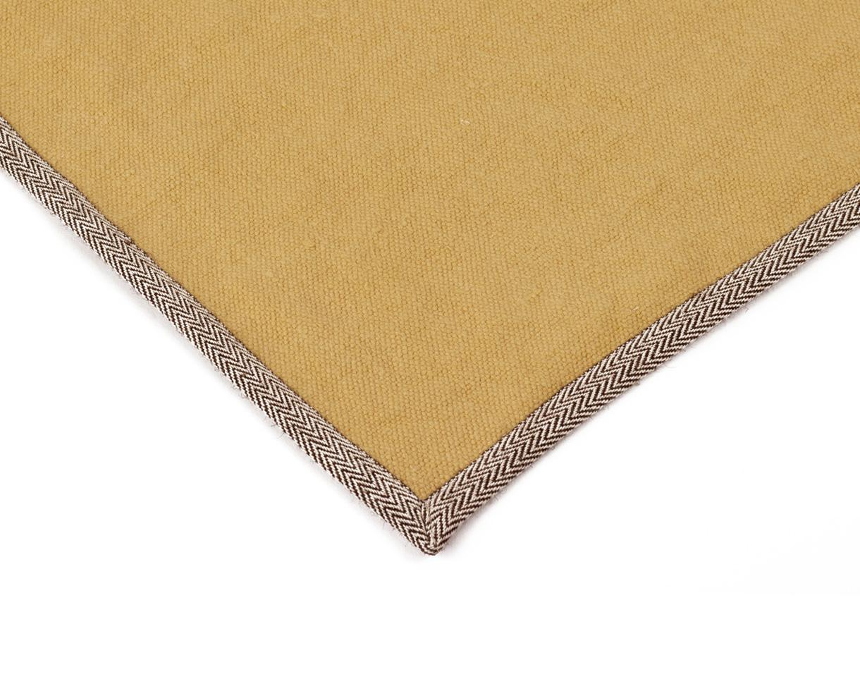 linen carpet Naples Yellow - Couleur Chanvre