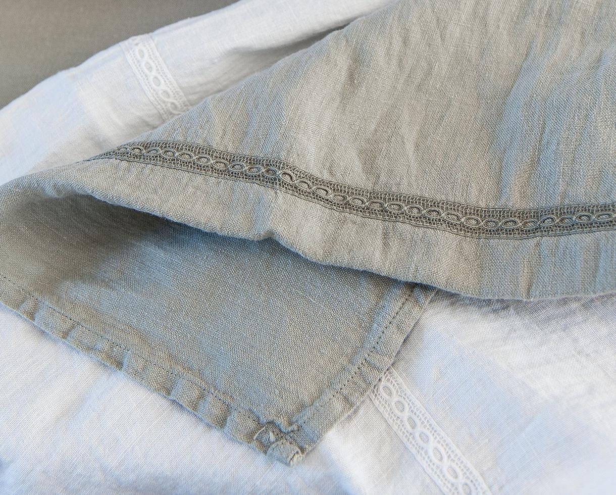 Linen tea towel with lace White Limestone - Couleur Chanvre